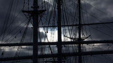 Moving The Gorch Fock To Another Berth