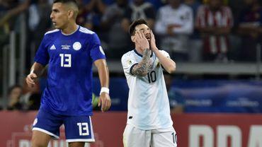 L'Argentine tenue en échec par le Paraguay, est dernière de son groupe en Copa America