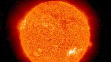 Photo du soleil réalisée par le satellite STEREO de la NASA, le 7 aôut 2010