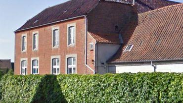 Le propriétaire possède beaucoup d'autres logements à Tournai, notamment