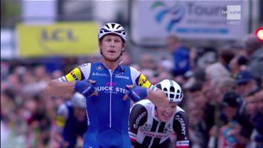 Matteo Trentin remporte Paris-Tours, Gaviria chute