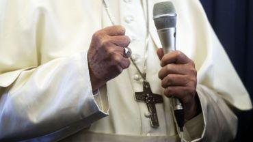 Le Vatican corrige la déclaration du pape sur l'homosexualité