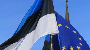 Les ministres de l'Intérieur de l'Union européenne seront réunis jeudi en Estonie, comme les drapeaux de l'Union européenne et de l'Estonie, le 29 juin 2017 à Tallinn