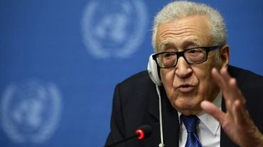 Lakhdar Brahimi face à la   presse le 15 février 2014 à Genève
