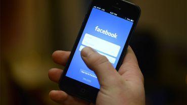 200 millions de faux comptes sur Facebook: comment éviter de se faire avoir