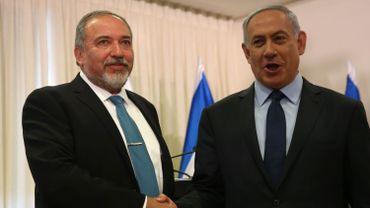 Avigdor Lieberman scelle son accord avec Benjamin Netanyahou. Il devient ministre de la Défense d'Israël.
