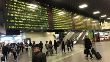 Les retards et annulations de trains devraient se résorber à partir de ce mercredi après-midi.
