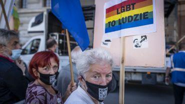 Droits des LGBTI: l'UE refuse des subventions à des villes polonaises