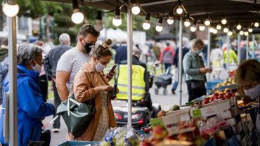 Port du masque obligatoire au marché de Nivelles (Photo d'illustration).