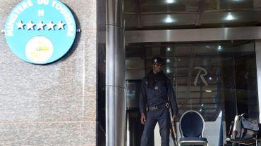 Deux sources maliennes, une militaire et une policière, ont de leur côté fait état à l'AFP de 27 morts, sans compter les assaillants.