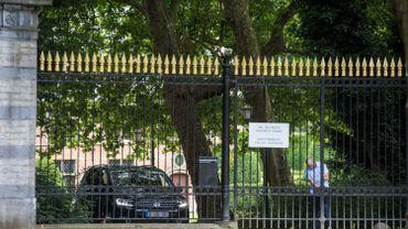 Domaine de la donation royale, avec son château et son parc de 30 hectares, Val Duchesse est située à Auderghem, en bordure de boulevard du Souverain.