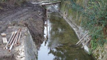 Une destruction des ponts limiterait les déplacements selon les riverains.