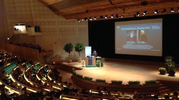 L'aula magna comble, pour le discours de François Englert sur le mécanisme du boson