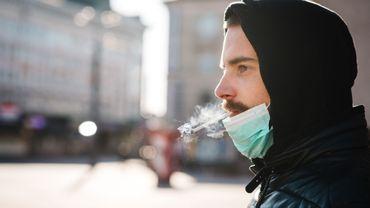 Coronavirus: la fermeture des discothèques et l'interdiction de fumer dans la rue étendues en Espagne