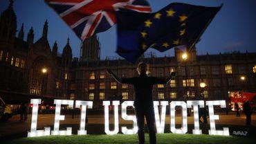 Brexit: les différents scénarios après les votes négatifs des députés britanniques ce mercredi