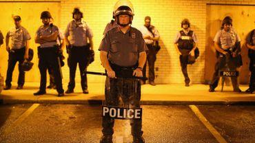La police dans les rues de Ferguson le 16 août