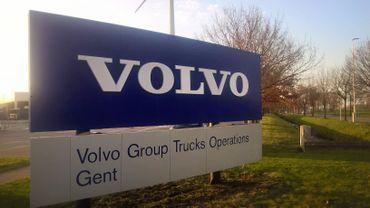 Une majorité de travailleurs de Volvo Trucks approuve la dernière proposition d'accord social