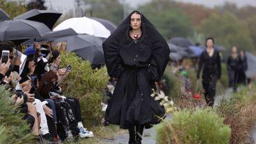 """La collection """"Marée Noire"""" présentée par Marine Serre pendant la Fashion Week de Paris en septembre 2019."""