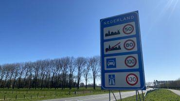 """Réouverture des frontières belges : des maires néerlandais surpris, """"il n'y a pas eu de concertation à ce sujet"""""""