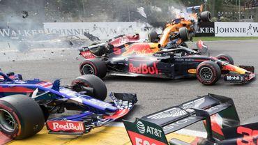 """Le patron de l'écurie Red Bull, Christian Horner, prévient: """"Il y aura plus d'accidents si la F1 reprend au mois de juillet""""."""