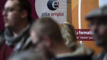 Une agence Pôle emploi dans l'Oise a diffusé ce à quoi devrait ressembler la journée type d'un chercheur d'emploi.