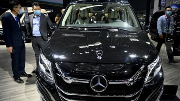 La Mercedez-Benz V-Class exposée au salon automobile de Pékin, le 26 septembre 2020