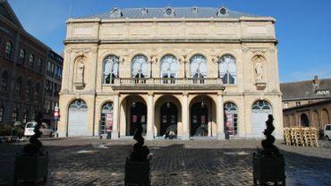 """""""La police ne pourra fermer les yeux"""": Le théâtre de Namur suspend les représentations prévues samedi"""