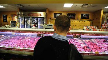 Peut-on continuer à manger de la viande crue ?
