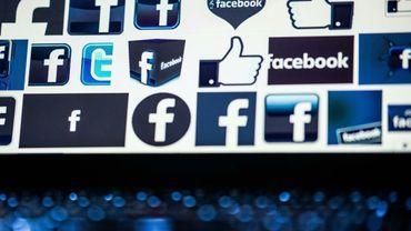 La Chine a l'un des réseaux internet les plus contrôlés du monde et plusieurs sites étrangers sont rendus inaccessibles (Facebook, Instagram, Twitter, Google, etc.)