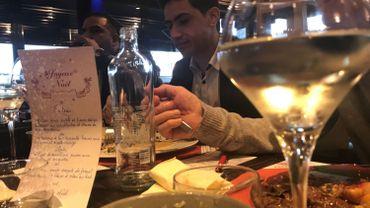 Abdullah a eu l'occasion de déguster sa toute première tranche de foie gras.