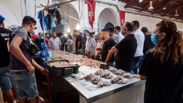 Flambée du chômage, nouvelle vague de faillites en vue: les mesures prises par la Tunisie vont avoir des conséquences sociales.