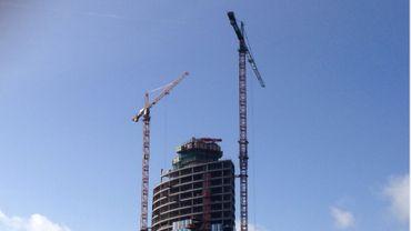 151 mètres de structure sont nécessaires pour élever les 28 étages de la Tour des Finances