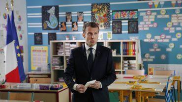 """Quand Macron emploie des belgicismes: d'où vient le mot """"carabistouille"""" employé sur TF1?"""