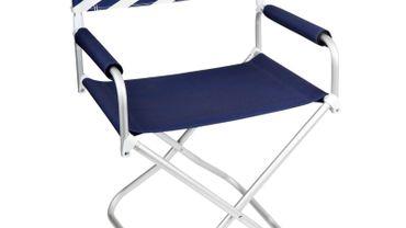 """La chaise """"Montauk"""" par Sunny Life."""