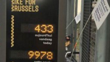 Bruxelles inaugure sa première borne de comptage de vélos à la rue de la Loi