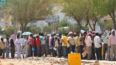 Des ouvriers sans emploi à Ryad