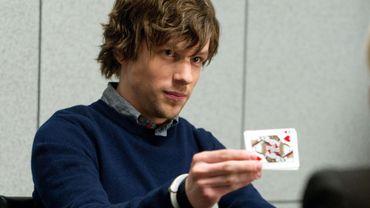 """Dans """"Insaisissables"""", Jesse Eisenberg incarnait un redoutable magicien"""