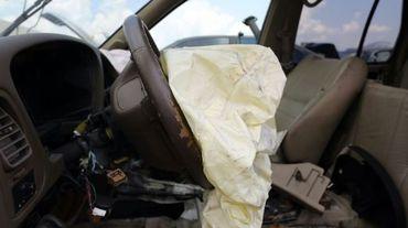 Un airbag déclenché dans un véhicule