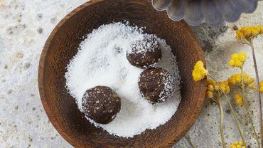 Energy balls à la banane et au cacao