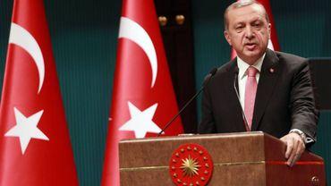 Etat d'urgence: la Turquie suspend la diffusion de dix chaînes pro-kurdes