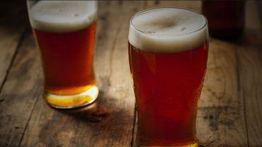 Savez-vous pourquoi vous avez toujours envie de faire pipi en buvant de la bière?