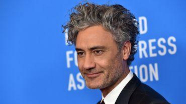 """Le cinéaste néo-zélandais, fort des succès récents de """"Thor : Ragnarok"""" (2017) et de """"Jojo Rabbit"""" (2019) est en discussions pour développer un nouveau long-métrage issu de la saga """"Star Wars""""."""