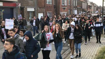 Ils étaient 600 à défiler dans les rues de Saint-Georges pour apporter leur soutien à la famille Khulelidze