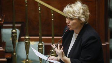 Coronavirus et chômage temporaire: la ministre Muylle veut permettre un prolongement jusqu'au 1er septembre