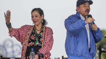 Le président Daniel Ortega et sa femme, la vice-présidente Rosario Murillo, lors d'un rassemblement de leurs partisans, le 7 juillet 2018 à Managua, au Nicaragua