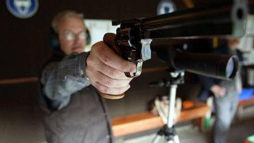 Les contrôleurs des armes à feu sont-ils gravement intoxiqués au plomb ? (Image d'illustration)