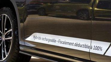 Des voitures hybrides rechargeables polluent bien plus qu'annoncé par les constructeurs