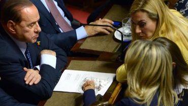 Silvio Berlusconi et Michaela Biancofiore, sénatrice PDL, le 2 octobre 2013 au Sénat à Rome