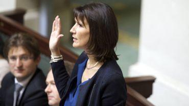 Un amendent de la députée Sophie Wilmès (MR) à la loi-programme a reçu la signature de ses collègues de la majorité et des groupes de l'opposition.