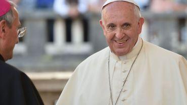"""Le Pape dit que """"comme Jésus, il utilisera le bâton contre les prêtres pédophiles"""""""